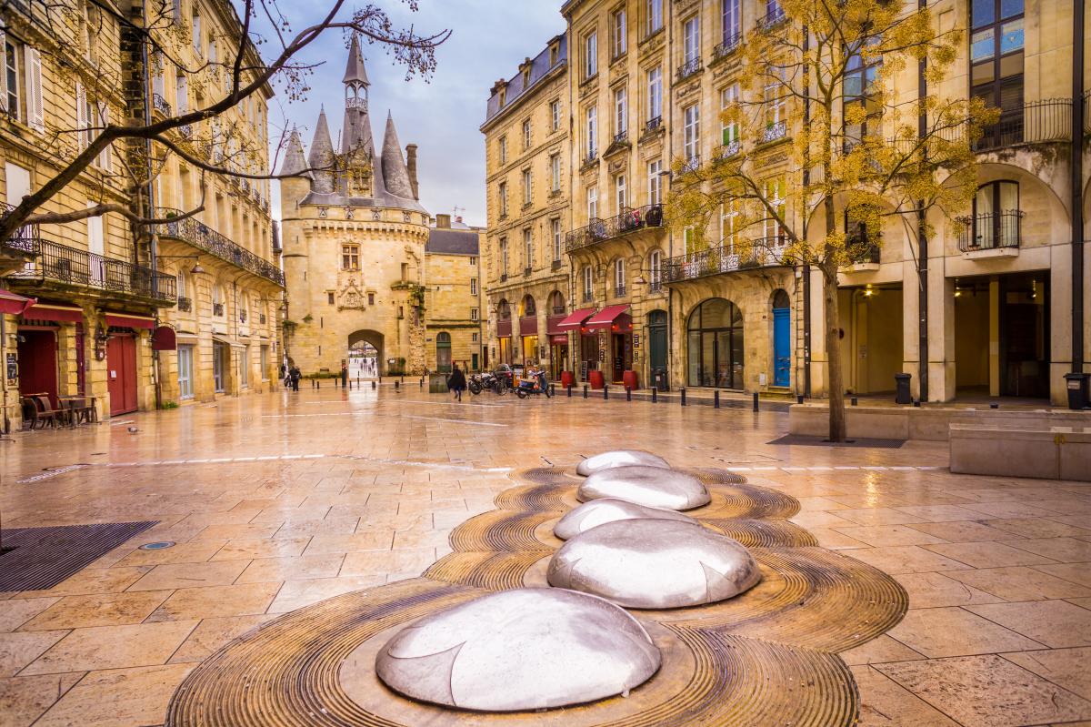 loi pinel bordeaux - la porte Cailhau, ou porte du Palais, à Bordeaux