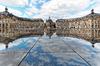 loi pinel bordeaux - le miroir d'eau place de la Bourse à Bordeaux