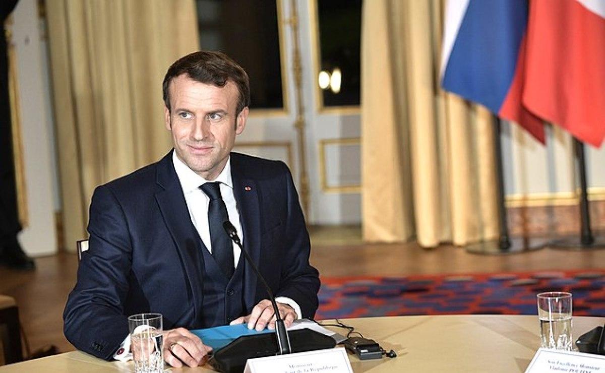 politique logement macron  – portrait du Président de la République française